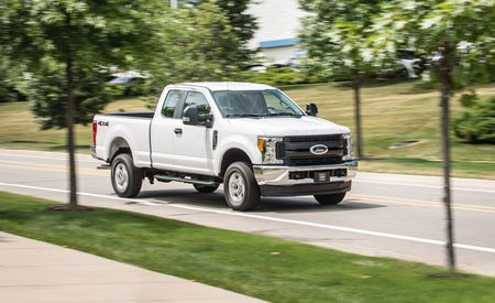 2017 Ford F-250 Super Duty Gasoline V-8 SuperCab 4x4