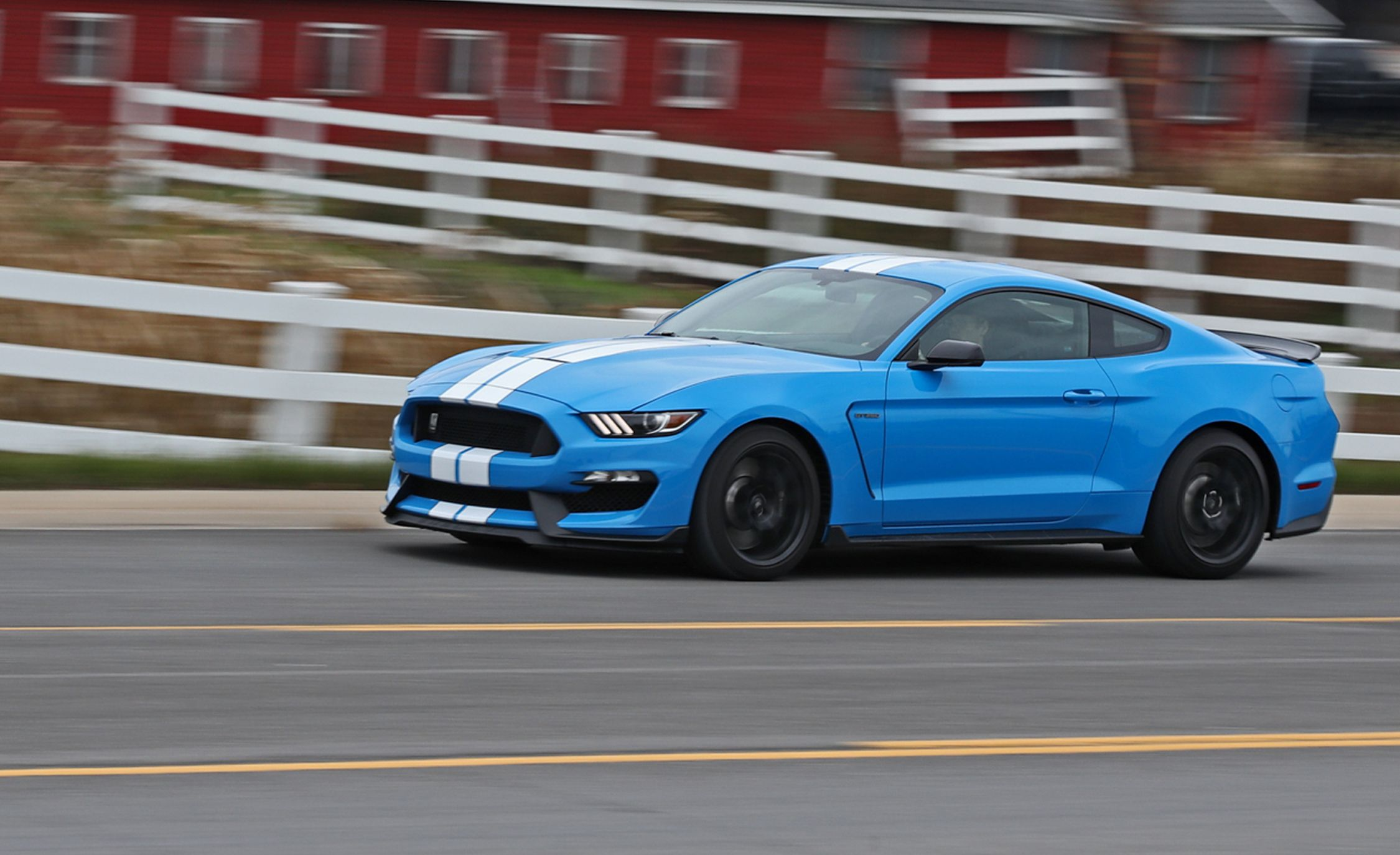 Mustang 2017 Shelby >> 2017 Ford Mustang Shelby Gt350 Long Term Test Update Review