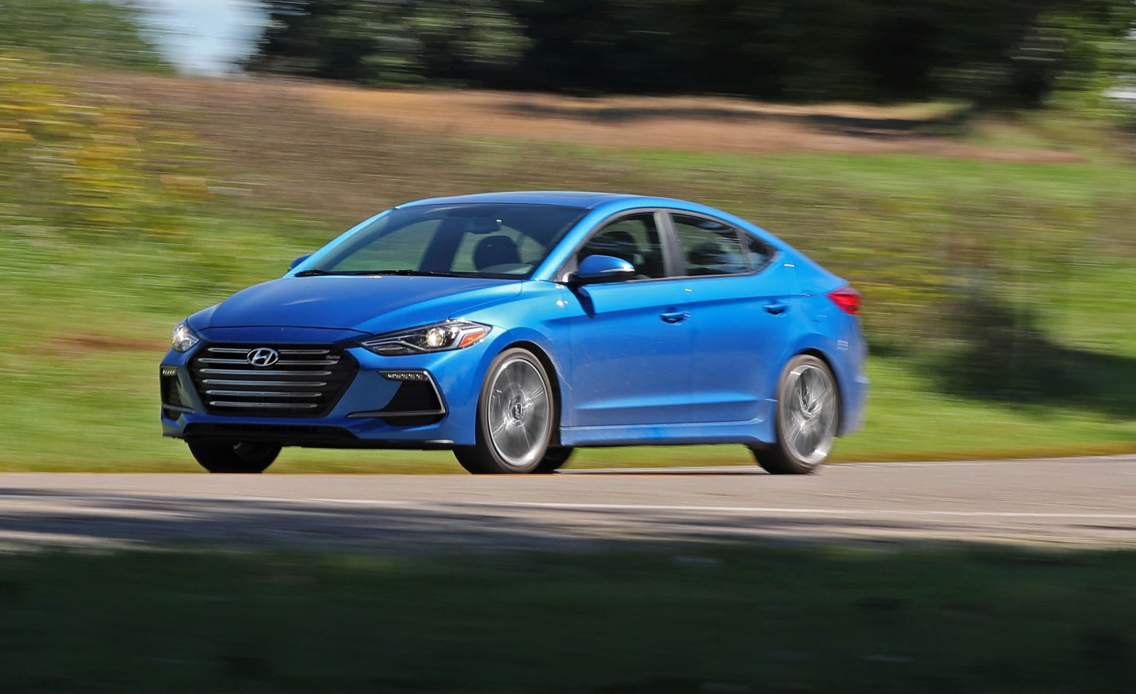 2017 hyundai elantra sport manual test review car and driver. Black Bedroom Furniture Sets. Home Design Ideas