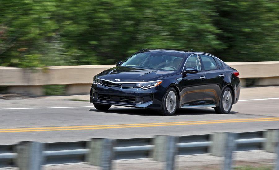 2017 kia optima plug in hybrid test review car and driver. Black Bedroom Furniture Sets. Home Design Ideas