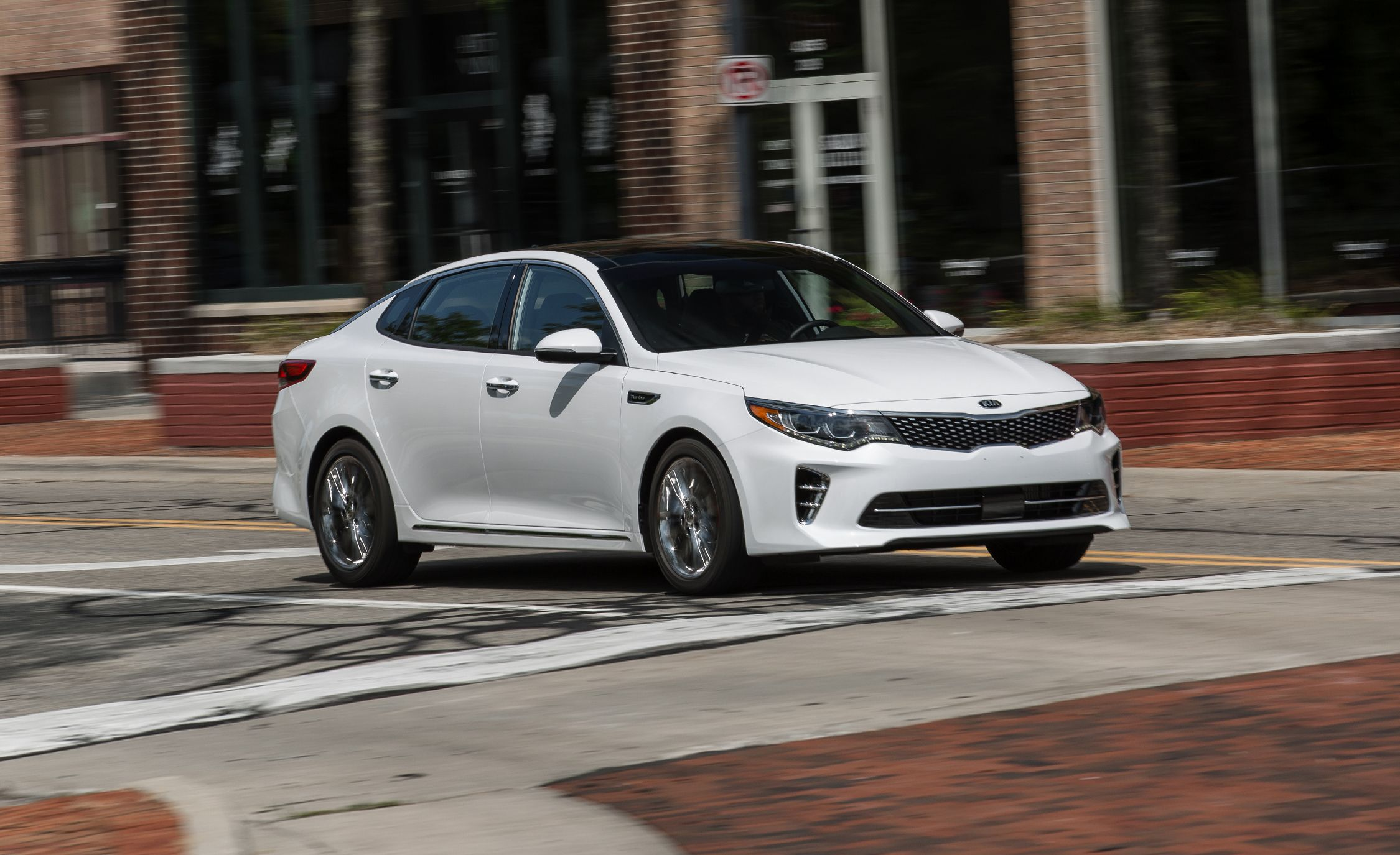 2017 kia optima sedan hybrid and plug in review car and driver rh caranddriver com Kia Optima Maintenance 2007 Kia Optima Cigerette Lighter