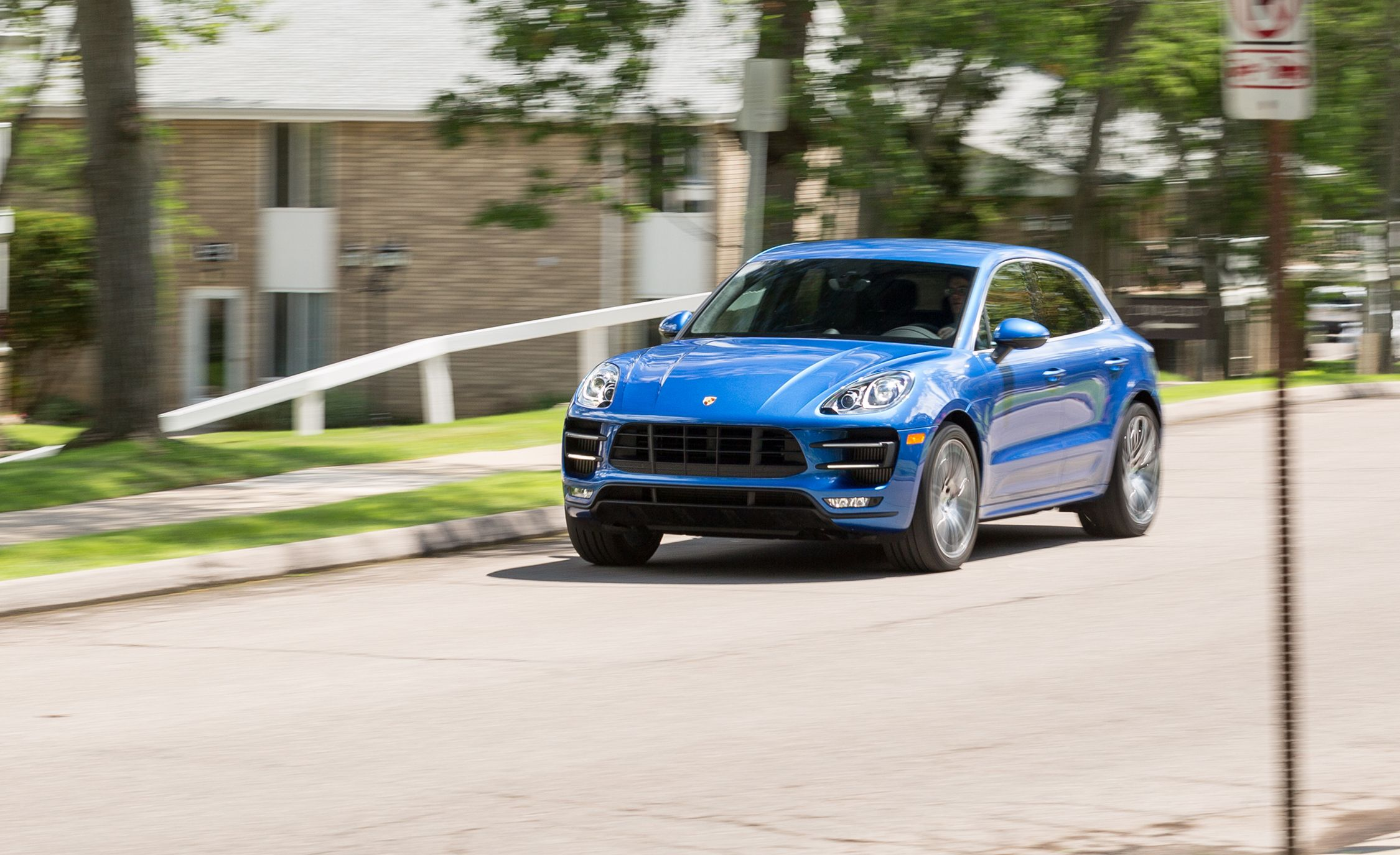 2017 Porsche Macan Turbo with Performance Package