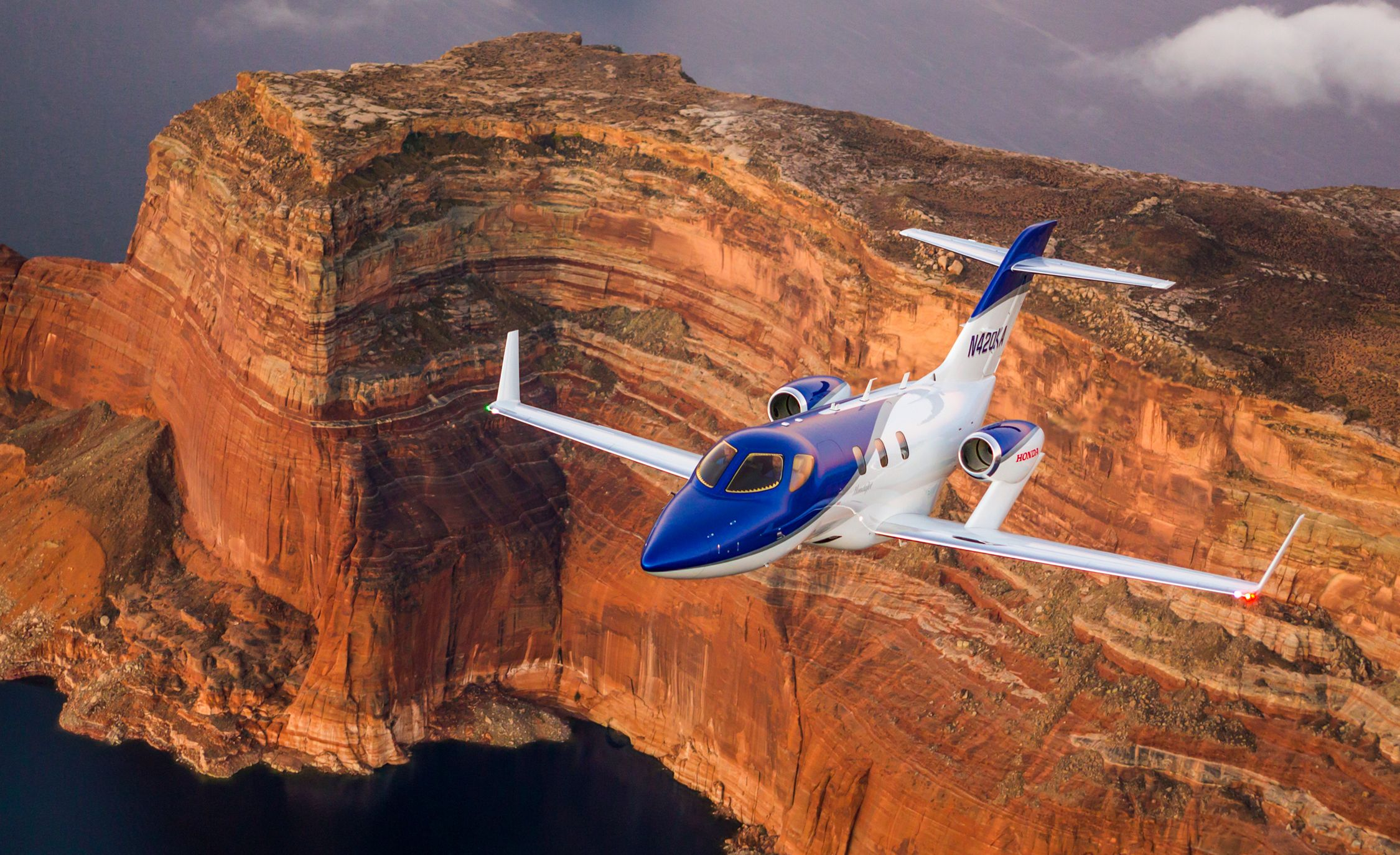 HondaJet HA-420 First Flight | Review | Car and Driver