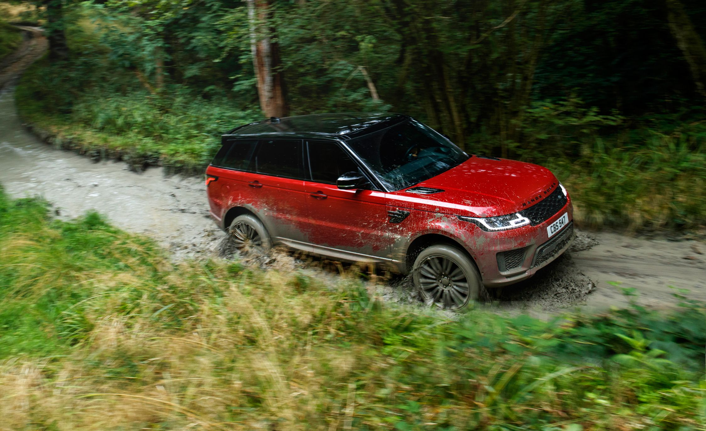 2018 Range Rover Sport Photos and Info | News | Car and Driver
