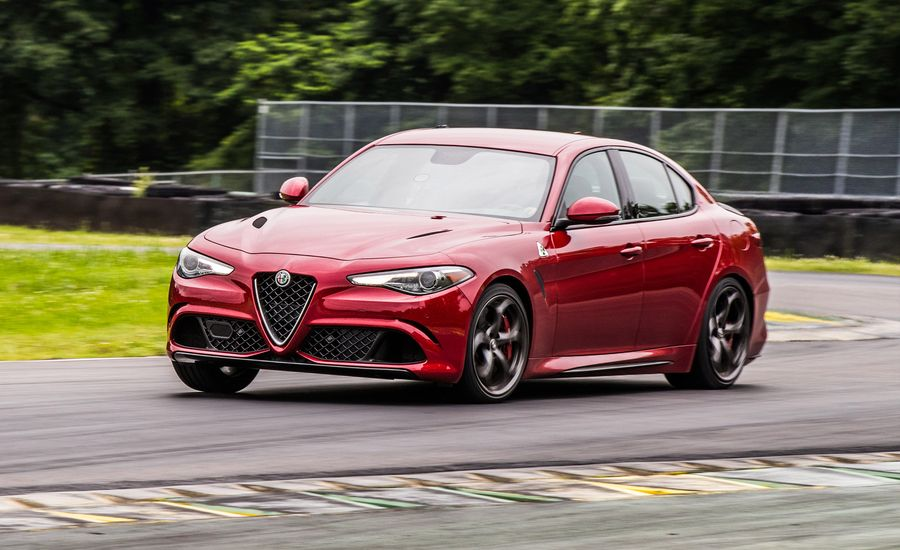 alfa romeo giulia quadrifoglio at lightning lap 2017 feature car and driver. Black Bedroom Furniture Sets. Home Design Ideas