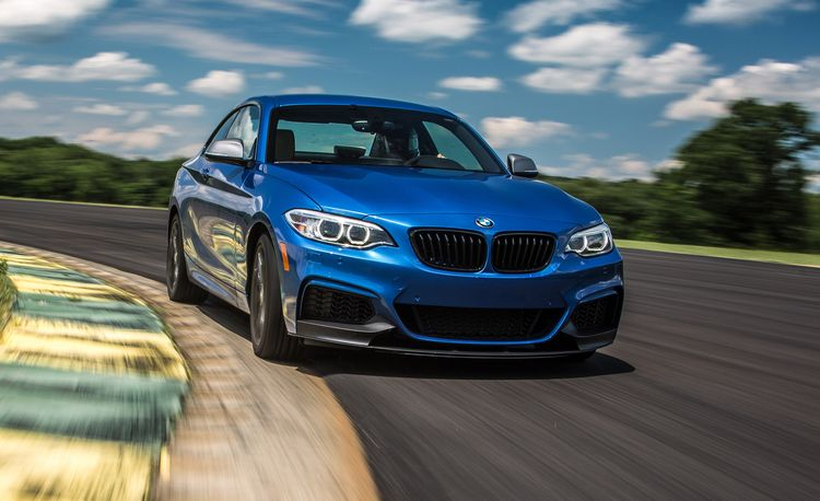Lightning Lap 2017: BMW M240i
