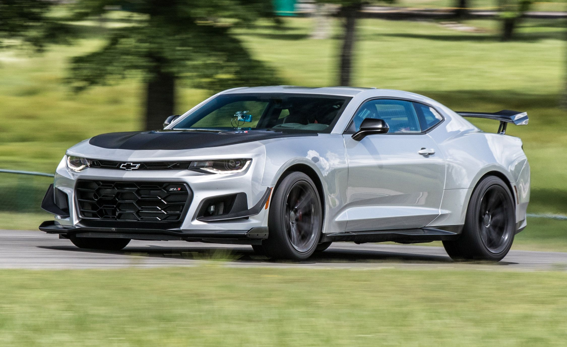 2019 Chevrolet Camaro Zl1 Reviews Price Photos And Specs Car Driver
