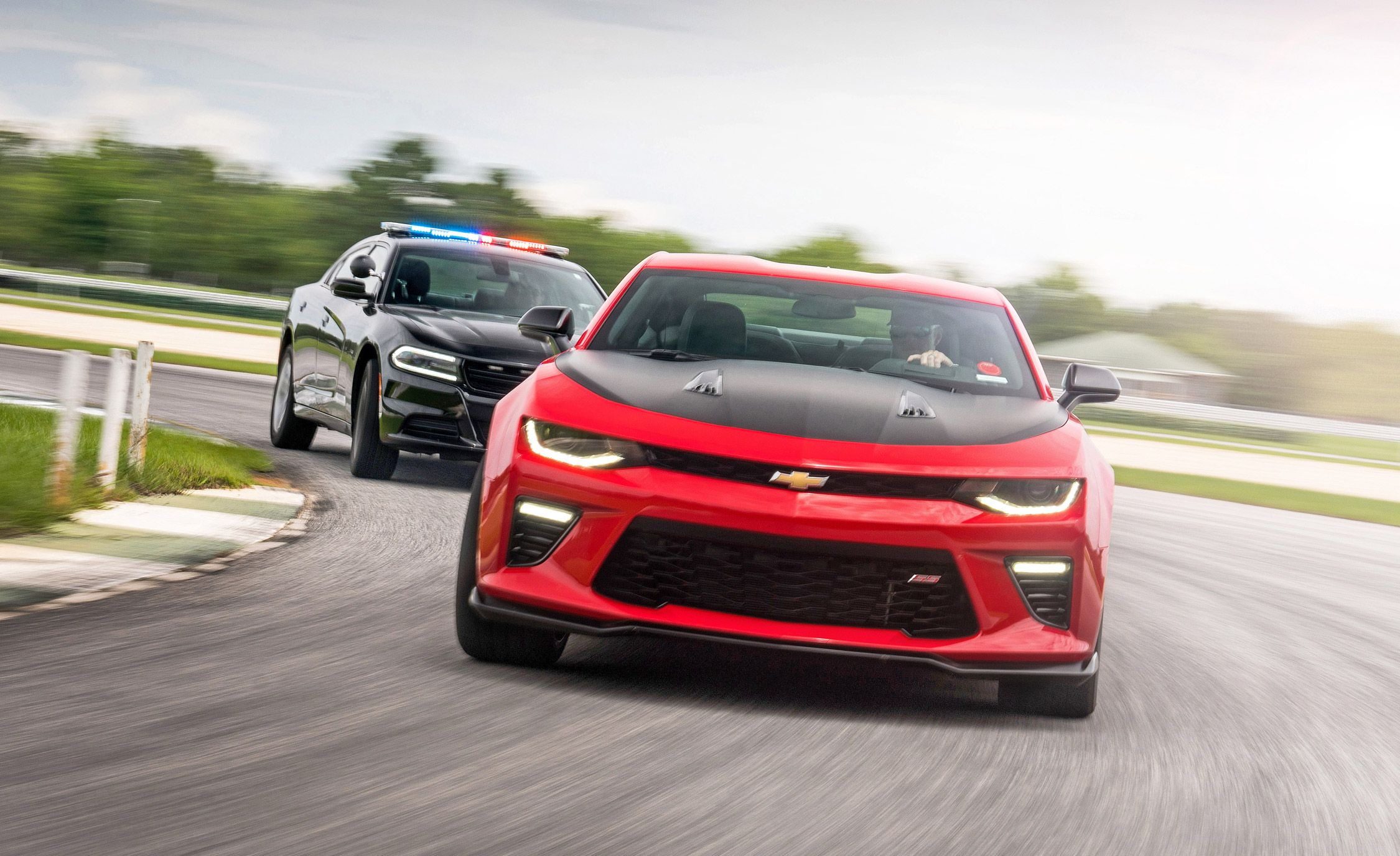 Tested: How Fast Your Car Needs to Be to Outrun a Cop