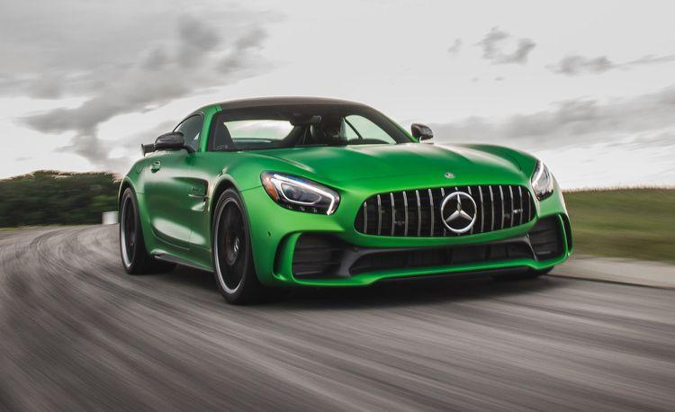 Lightning Lap 2017: Mercedes-AMG GT R