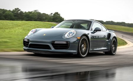 Lightning Lap 2017: Porsche 911 Turbo S
