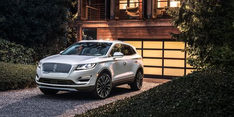 To Go Along With Its New Schnoz The Refreshed 2019 Lincoln Mkc Also Gains An