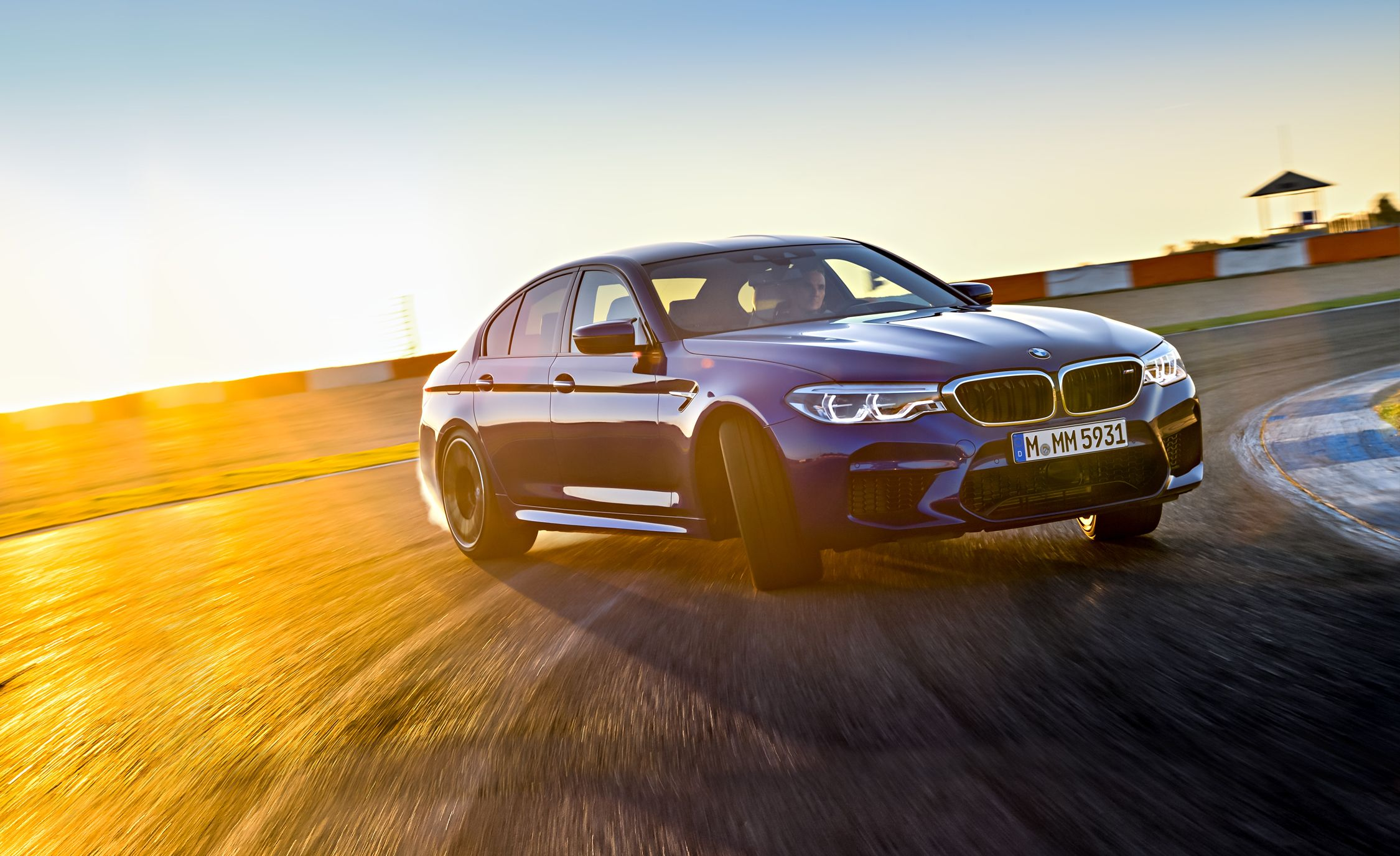 2018 bmw m5 first drive review car and driver. Black Bedroom Furniture Sets. Home Design Ideas