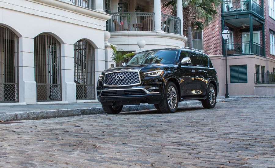 2018 Infiniti Qx80 First Drive Review Car And Driver