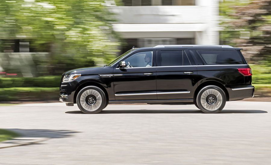 2018 lincoln navigator first drive review car and driver. Black Bedroom Furniture Sets. Home Design Ideas