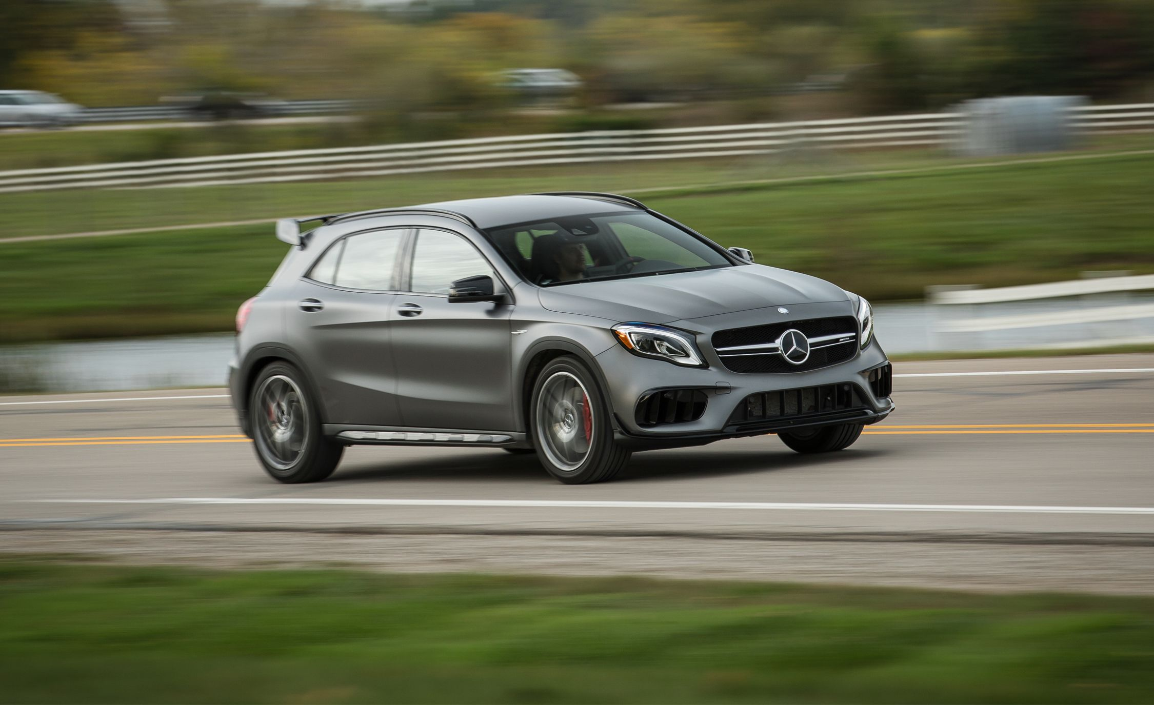 2018 mercedes amg gla45 4matic test review car and driver. Black Bedroom Furniture Sets. Home Design Ideas