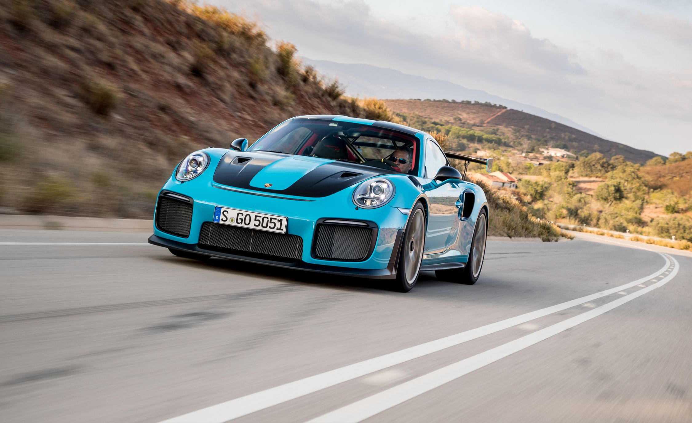 First Drive 2018 Porsche 911 Gt2 Rs Review Car And Driver