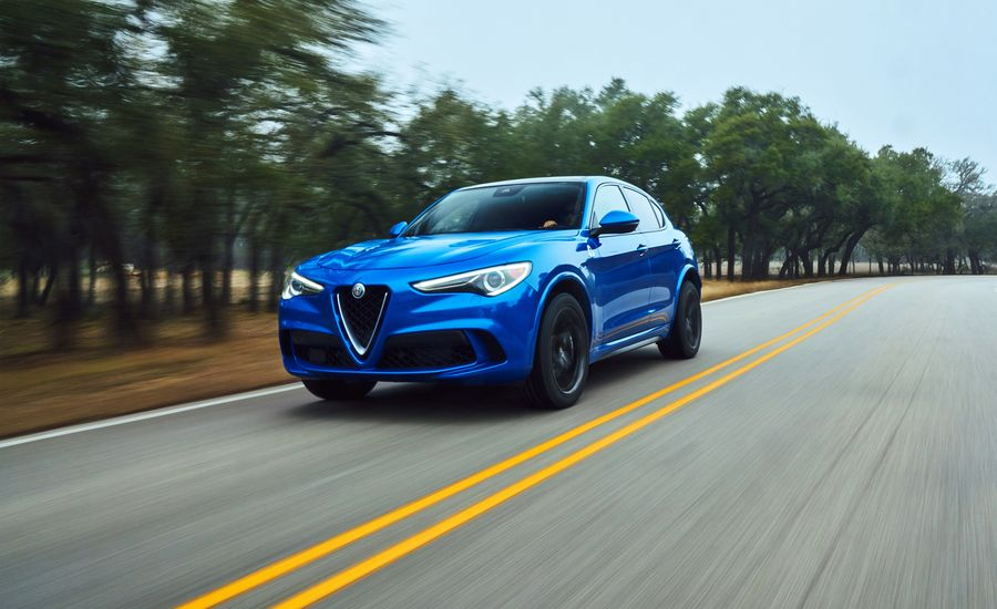2018 alfa romeo stelvio quadrifoglio first drive review car and driver. Black Bedroom Furniture Sets. Home Design Ideas