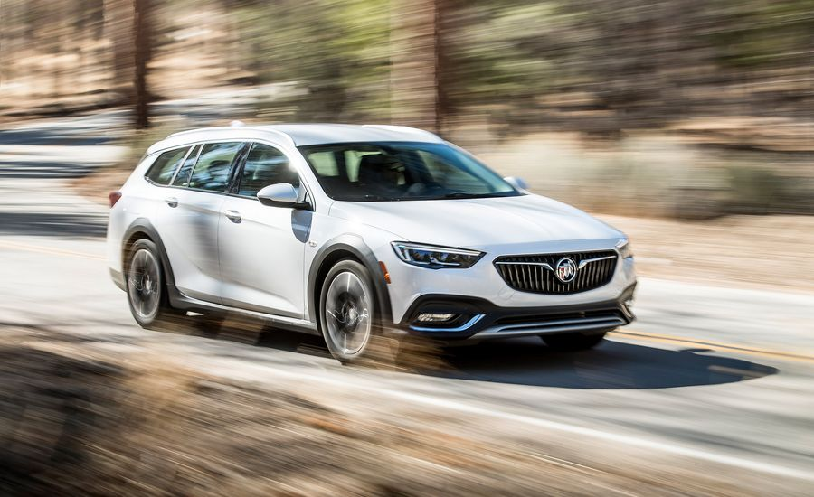 2018 buick regal tourx test review car and driver. Black Bedroom Furniture Sets. Home Design Ideas