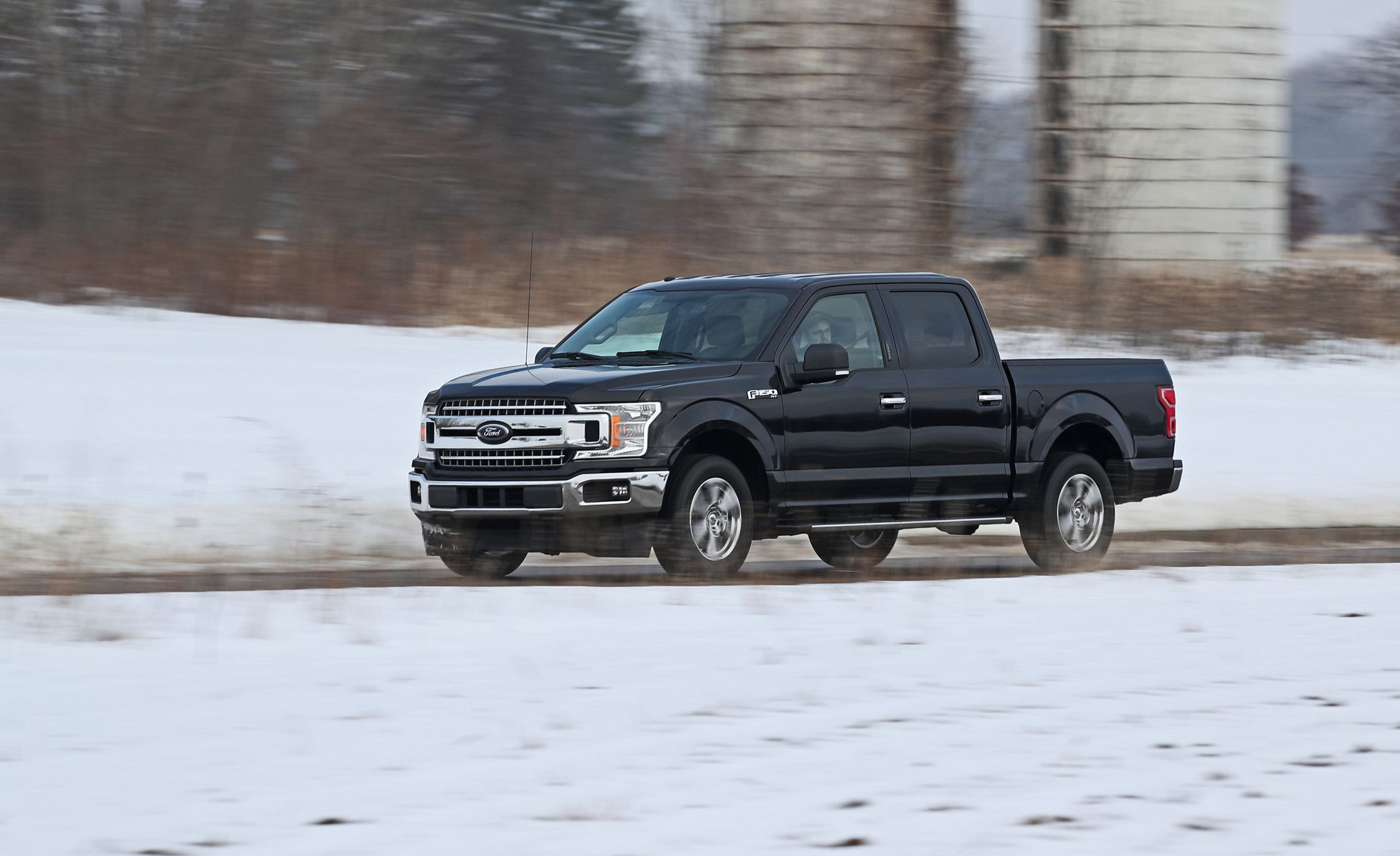 2018 Ford F-150 2.7L EcoBoost V-6 4x2 SuperCrew