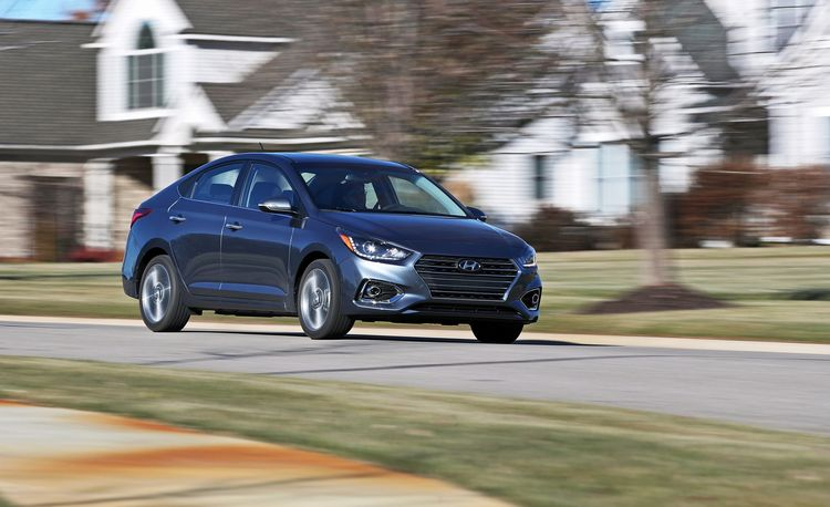 Hyundai Accent Photos And Info News Car And Driver - Hyundai accent invoice price