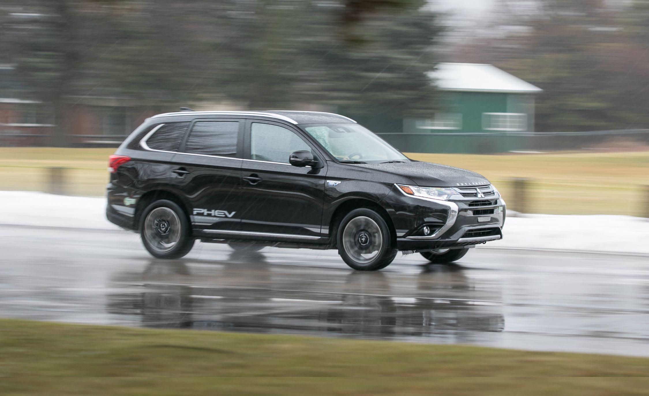 2018 Mitsubishi Outlander PHEV Plug-In Hybrid