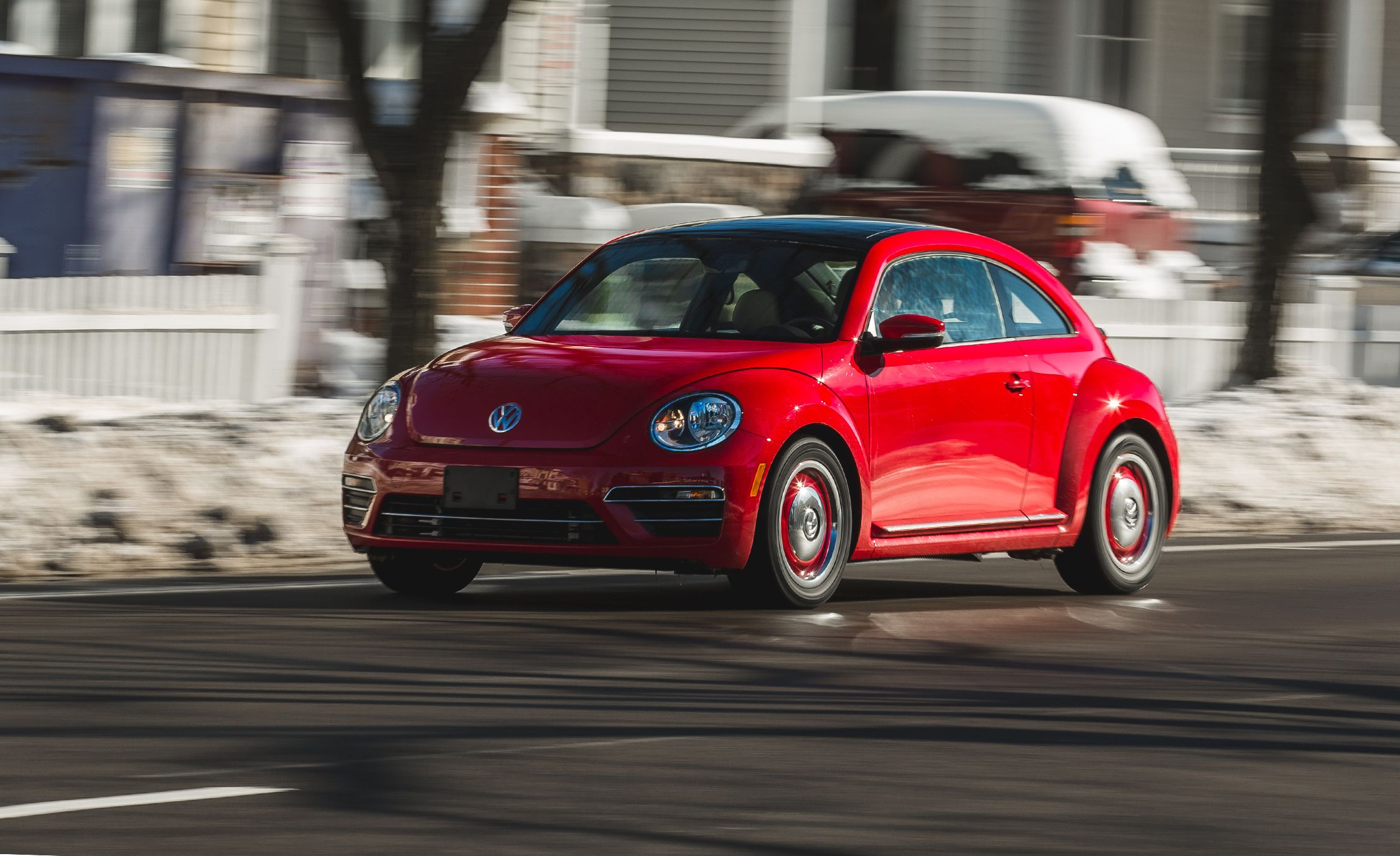 Vw Beetle Test >> 2018 Volkswagen Beetle Test Review Car And Driver
