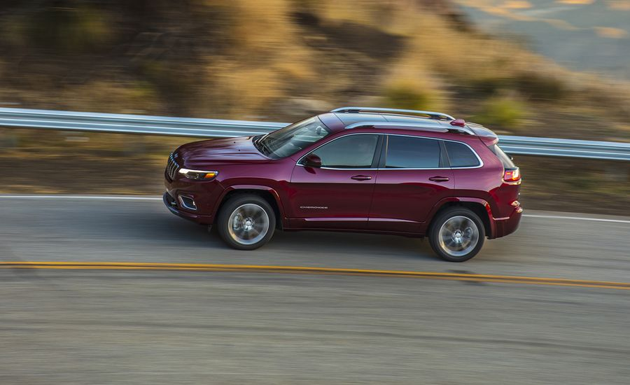 Jeep Cherokee Review Car And Driver