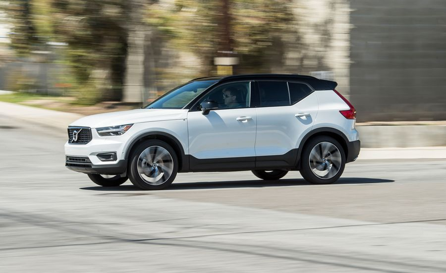 2019 volvo xc40 t5 awd test funky and satisfying review car and driver. Black Bedroom Furniture Sets. Home Design Ideas