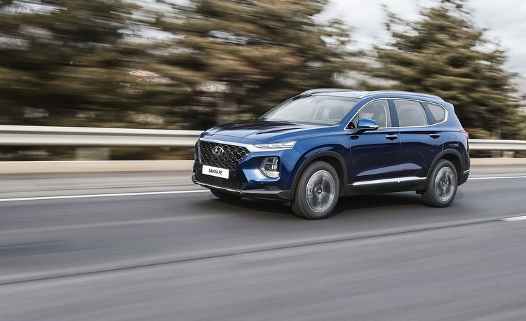 2019 Hyundai Santa Fe: Bolder Looks and an Optional Diesel