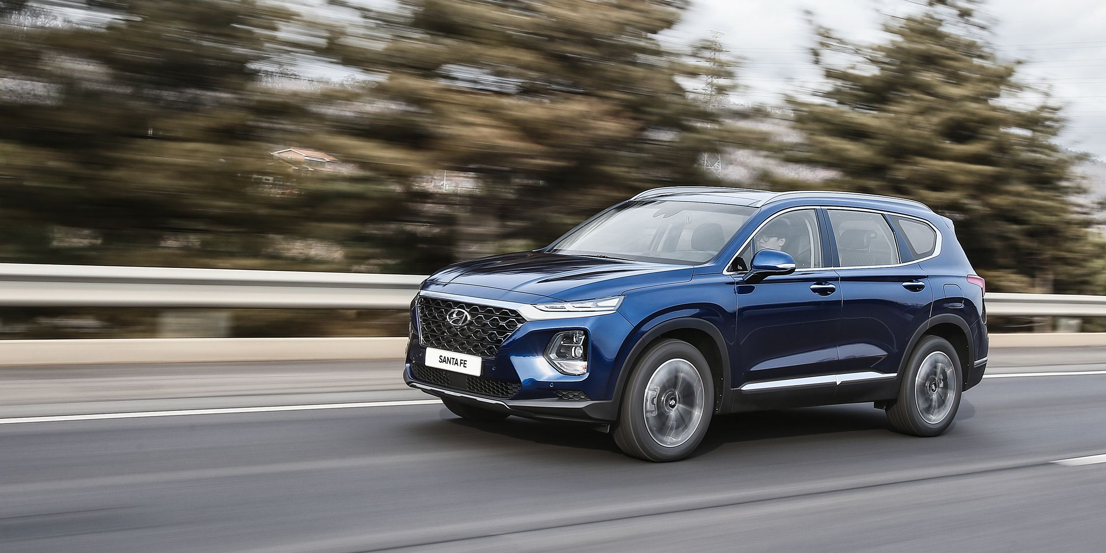 2019 hyundai santa fe has bolder looks – optional diesel is doa