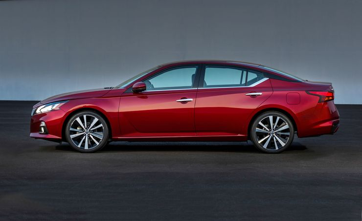 2019 Nissan Altima: New Engines and All-Wheel Drive
