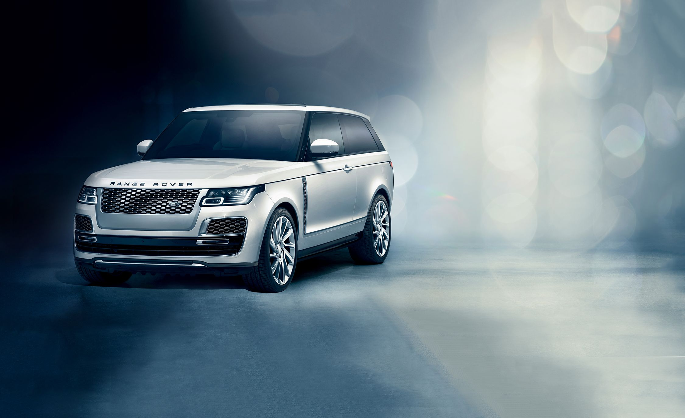 2019 Range Rover SV Coupe Revealed: Fewer Doors, More Power
