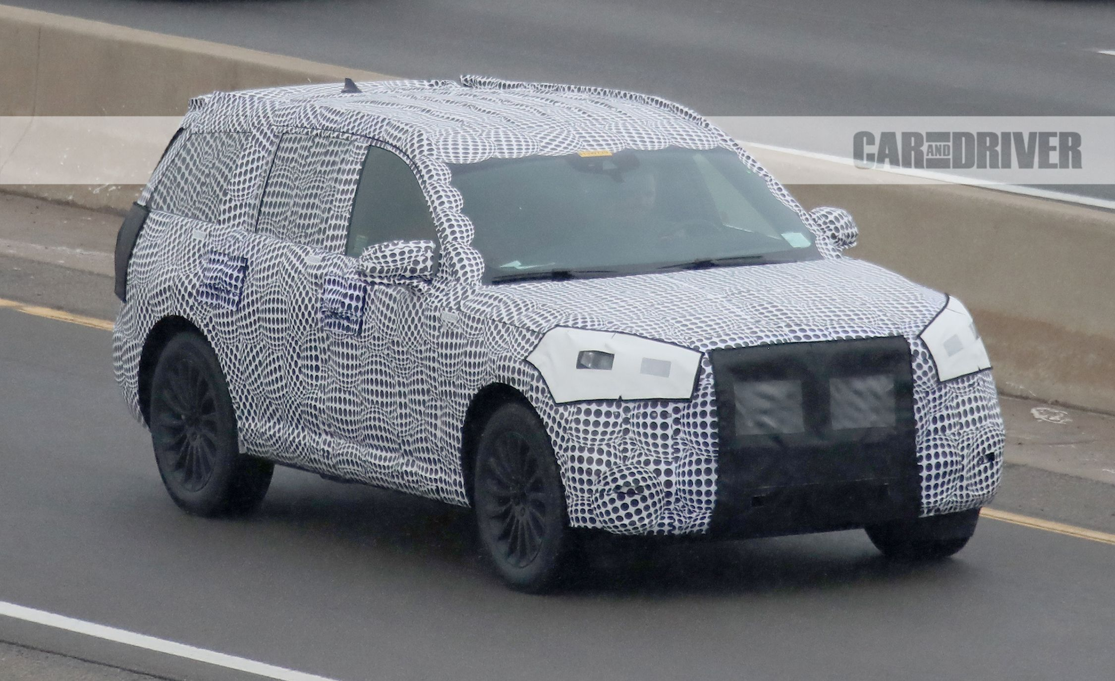 2020 Lincoln Aviator Spied New Luxury Suv Steps Out In Camo News Car And Driver