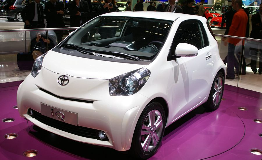 2009 toyota iq. Black Bedroom Furniture Sets. Home Design Ideas