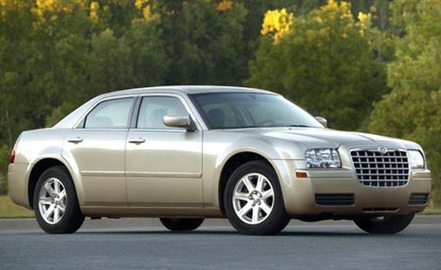 2007 Chrysler 300 - Slide 3