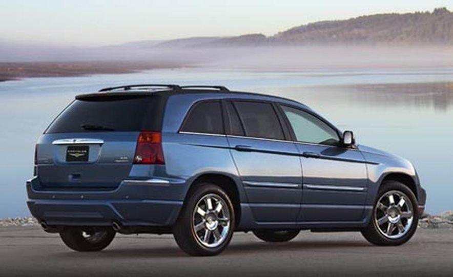 2007 Chrysler 300 - Slide 9
