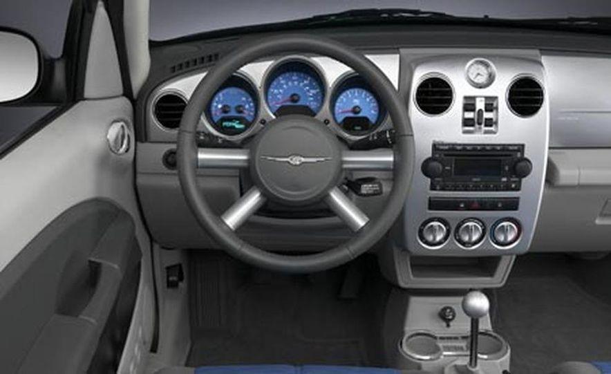 2007 Chrysler 300 - Slide 16