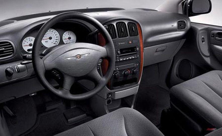 2007 Chrysler 300 - Slide 23