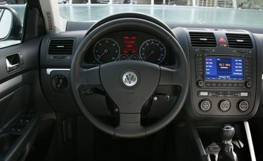 2008 Volkswagen Jetta TDI - Slide 4