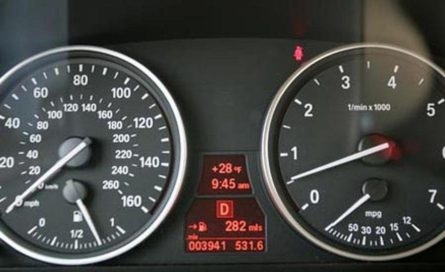 2007 BMW X5 4.8i - Slide 15