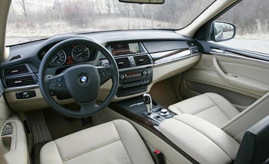 2007 BMW X5 4.8i - Slide 16