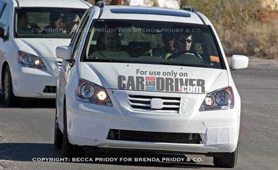 2008 Honda Odyssey - Slide 1
