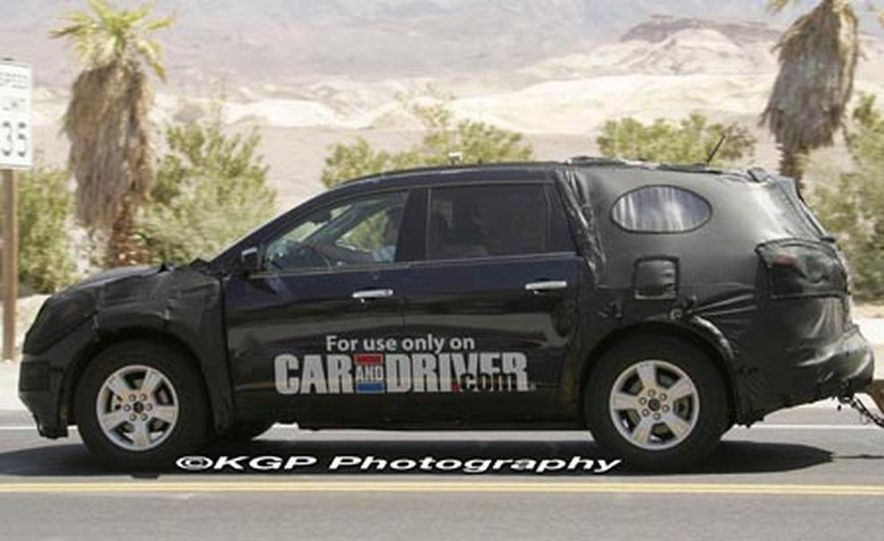 2009 Chevrolet Traverse - Slide 5