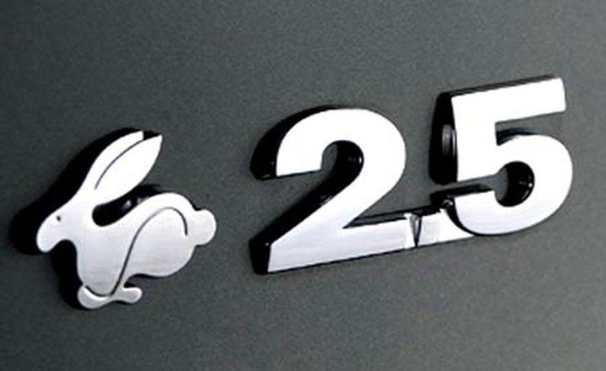 2007 Volkswagen VW Rabbit 2-Door - Slide 11