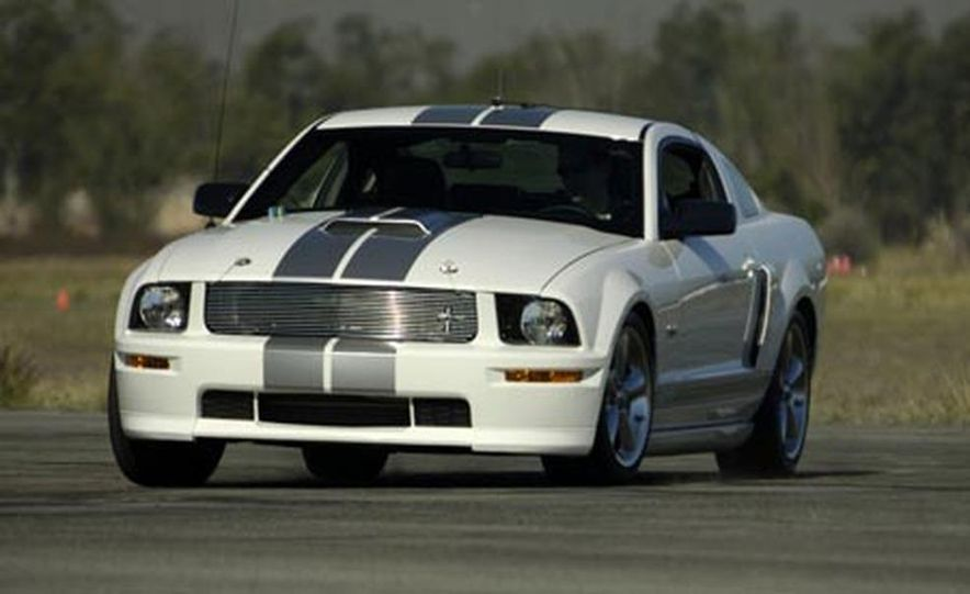 2008 Ford Mustang Shelby GT convertible - Slide 5