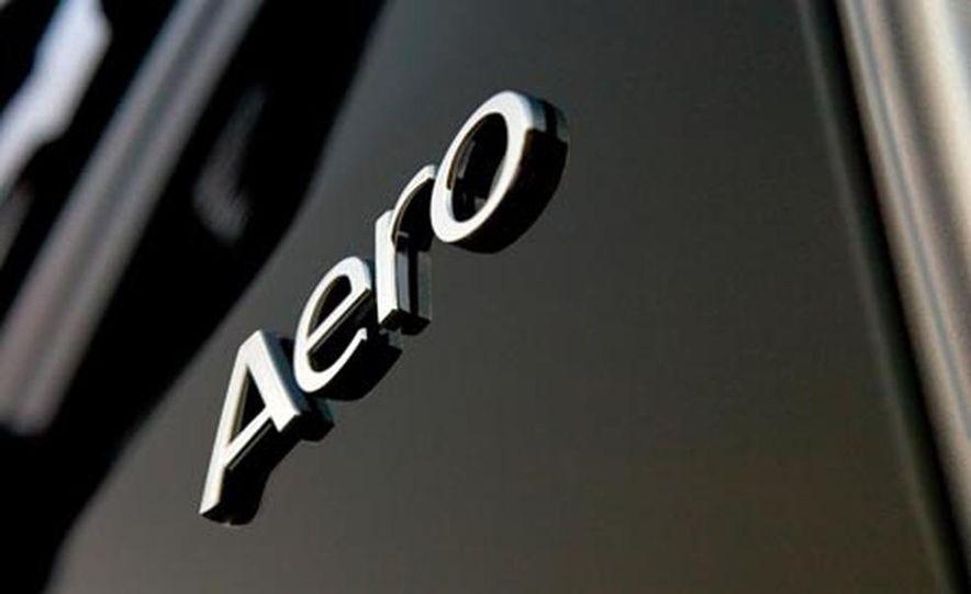 2008 Saab 9-7X Aero - Slide 12