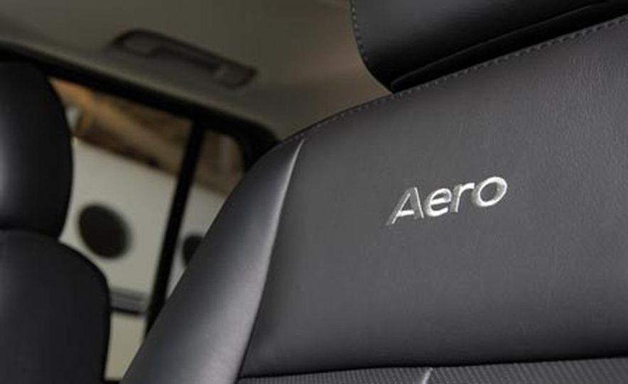 2008 Saab 9-7X Aero - Slide 13