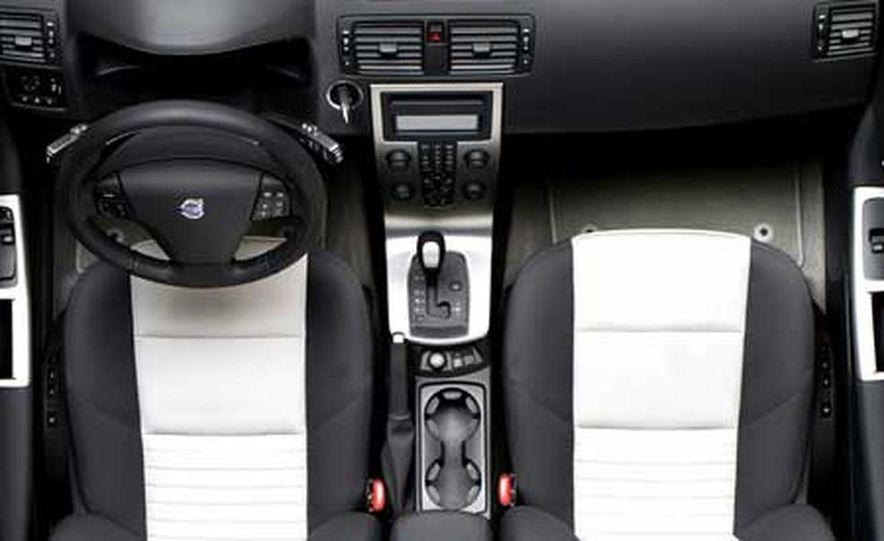 2008 Volvo C30 - Slide 15