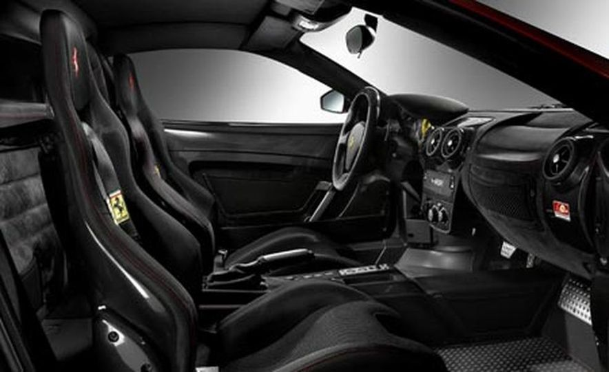 Ferrari 430 Scuderia - Slide 6