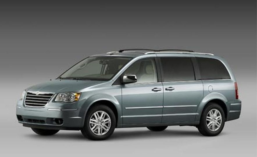 2008 Chrysler Town $amp; Country - Slide 2